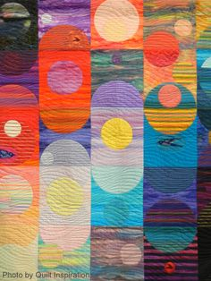 close up, Music of the Spheres by Ann B. Feitelson.  2014 Road to California, photo by Quilt Inspiration