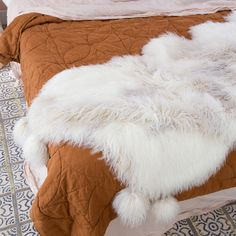Check out the new FLÜFFELBUSTER Throw - created from silky soft fluffy faux fur, complete with gold lurex sparkles and giant pom poms. We love it. Get it - lillyandlolly.com.au