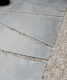 Irregular pavers with gravel from Projecten | Vertus #pavers #pathway #driveway Walkway Ideas, Pergola Curtains, Tile Floor, Home Depot, Tiles, Texture, Flooring, How To Plan, Landscape