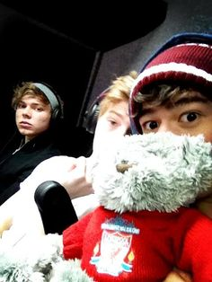Ashton Irwin, Luke Hemmings, and Calum Hood :)