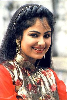 Ayesha Jhulka | DOB: 28-Jul-1972 | Srinagar, Jammu & Kashmir | Occupation: Actress | #julybirthdays #cinema #movies #cineresearch #entertainment #fashion #AyeshaJhulka