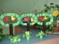 jarní tvoření s dětmi - Hledat Googlem Projects For Kids, Art Projects, Crafts For Kids, Spring Activities, Activities For Kids, Flower Plates, Recycled Crafts, Flower Crafts, Paper Plates