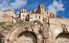 craco-italy-abandoned-village-2