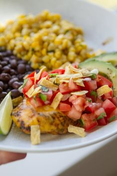 Fiesta Lime Chicken - this easy Applebee's Copycat Chicken Recipe is marinated and grilled, then topped with cheese and fresh pico de gallo? Fiesta Lime Chicken Applebees, Lime Chicken Recipes, Chicken Meals, Island Chicken Recipe, Fiesta Chicken, Orange Chicken, Keto Chicken, Rotisserie Chicken, Healthy Chicken