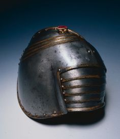 Pauldron for Right Shoulder, 1600s                                                Italy, 17th century