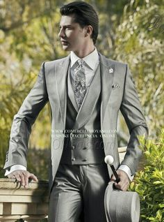 Morning Dress code colección Gentleman British Style online www.comercialmoyano.com MadeinItaly WWW.OTTAVIONUCCIO.COM Bespoke Excelencia #Bodas2015 #Sartoria #Luxury