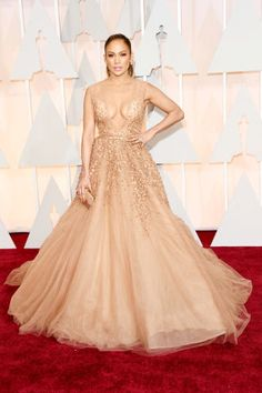 Jennifer Lopez at the 2015 Oscars. See all the best red carpet arrivals, here: