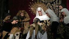 Paso de La Sagrada Mortaja (Sevilla). Atribución a Luisa Roldán, La Roldana de la Virgen, San Juan, Marías, Santos Varones y Ángeles