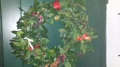 Garland handmade with laurel, ivy, berries and ribbon..happy!!!