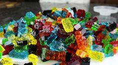 Here's how to make edible, stackable Lego jellies