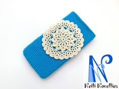 Phone case with rosette