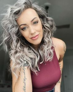 Gray Hair Growing Out, Grow Hair, Grey Hair Styles For Women, Natural Hair Styles, Grey Hair Transformation, Silver Haired Beauties, Silver White Hair, Curly Hair Cuts, Color Plata