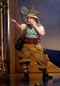 Richard Burkhard as Papageno in Scottish Opera  #Mozart #opera #singing