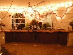 head table in the autumn wedding tent