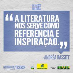 A personagem Operilda foi criada e é interpretada pela atriz Andréa Bassit. A peça Operilda na Orquestra Amazônica está em cartaz no CCBB SP até 28/7/2013.