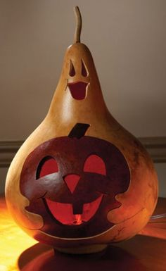 Gourd Shop for Hand Crafted Halloween, Fall & Thanksgivingds