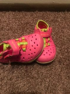 adfe8dd8f1a6 Stride Rite Size 5 Made To Play Washable Water Shoes  fashion  clothing   shoes
