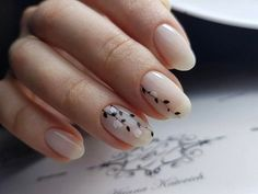 We have found 40 of the very best nail art designs for you! All of these nail art designs feature unique designs and beautiful displays of art. Being able to provide art on your very own nails speaks volumes on how you keep up with your own appearance. Easy Nails, Simple Nails, Fun Nails, Simple Elegant Nails, Nice Nails, Simple Bridal Nails, Elegant Nail Art, Hair Simple, Flower Nail Designs