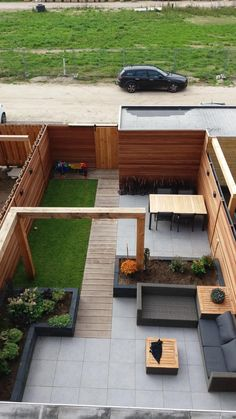 Amazing Fresh Frontyard and Backyard Landscaping Ideas Give your backyard or front lawn a fresh look this season with these gorgeous garden design ideas.Give your backyard or front lawn a fresh look this season with these gorgeous garden design ideas. Small Backyard Gardens, Backyard Patio Designs, Small Backyard Landscaping, Modern Landscaping, Small Gardens, Outdoor Gardens, Landscaping Ideas, Backyard Pools, Narrow Backyard Ideas