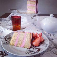 una chispa de dulzura: Tarta de vainilla y fresas