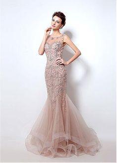 In Stock Elegant Tulle Bateau Neckline Mermaid Formal Dress with Beadings