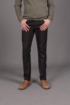 Black pant / brown shoe