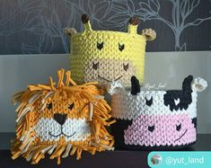 No photo description available. Crochet Bowl, Diy Crochet And Knitting, Crochet Crafts, Crochet Projects, Crochet Bookmark Pattern, Crochet Basket Pattern, Crochet Bookmarks, Knitting Patterns, Crochet Patterns