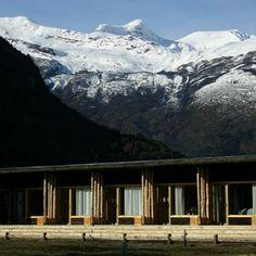 Refúgio na Patagônia, no Chile. Projeto de Cooprogetti Arquitectos. #architecture #arts #arquitetura #arte #decor #decoração #design #interiores #projetocompartilhar #shareproject #madeiraeconforto #madeira #wood #conforto