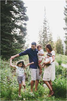 gorgeous family shoot Utah mountains lifestyle