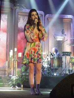 Lana-Del-Rey-Feet-985134.jpg (2136×2848)