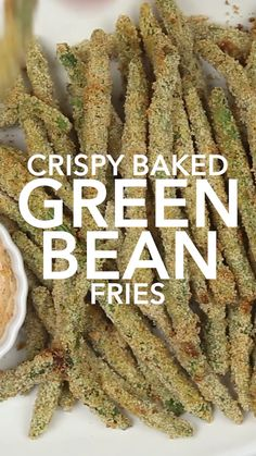 Looking for easy green bean recipes? These crispy green bean fries are quick to make with very few ingredients dizzybusyandhungry greenbeanfries greenbeans greenbeanrecipes 319614904805509610 Best Vegetable Recipes, Vegetarian Recipes, Cooking Recipes, Healthy Recipes, Cooking Tips, Crispy Green Beans, Baked Green Beans, Veggie Dishes, Food Dishes