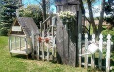 My Little Bathroom Makeover for $50 | Hometalk Gutter Garden, Patio Cushions, Starting A Garden, Diy Greenhouse, Theme Noel, Amazing Gardens, Furniture Makeover, Farmhouse Style, Pallet Wine
