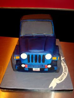 Jeep cake- Did you see this (you know who)? Just sayin. Theme Cakes, Party Cakes, Jeep Cake, Dad Cake, Cake Decorating, Decorating Ideas, Food Network Canada, Wrangler Tj, Off Road