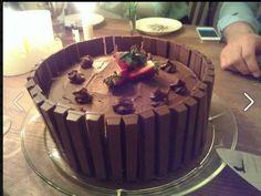 Kvikk-Lunsj cake; easter in Norway <3  #easter #norway