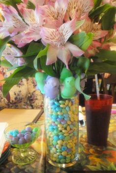 This is a larger vase fit inside a smaller vase, then lined with Easter M cute and easy!