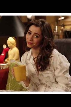 The Mother's butterfly print pajamas on How I Met Your Mother Ted And Robin, Marshall And Lily, How Met Your Mother, Tv Set Design, Best Night Ever, Cute Pjs, Fan Edits, Himym, I Meet You