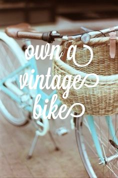 Own a vintage bike and go on midnight rides with my friend. Vw Vintage, Vintage Bicycles, Old Bikes, Bike Style, Before I Die, Cycling Bikes, Cool Stuff, My Love, Ladies Bikes