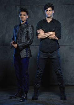 Don't Worry, Shadowhunters Fans: Malec Is Coming | E! Online Mobile