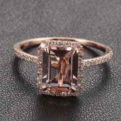 Emerald Cut 14k Rose Gold Morganit Ring & Diamond Halo von TheLOGR, $315,00