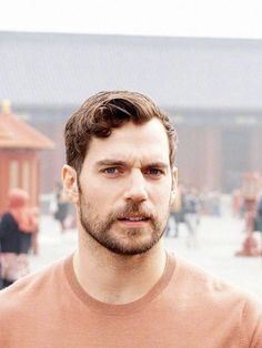 Henry Cavill, Justice League Cast in Beijing, October Superman Cavill, Henry Superman, Henry Cavill Justice League, Henry Cavill Eyes, Gentleman, Henry Williams, Photography Poses For Men, Black And White Portraits, Fine Men
