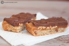 Caramel Peanut Butter Candy Bars - homemade candy bars?? Yes!