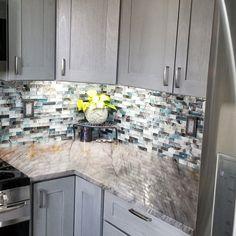 Refacing Kitchen Cabinets, Glass Installation, Glass Mosaic Tiles, Mosaic Tiles Backsplash, Kitchen Flooring, Kitchen Backsplash, Backsplash Ideas, Mosaic Patterns, Bathroom Renovations