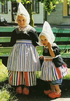 little Dutch girls (if you go to Volendam, you can get dressed up like this and get your picture taken, I have loads of these pictures)