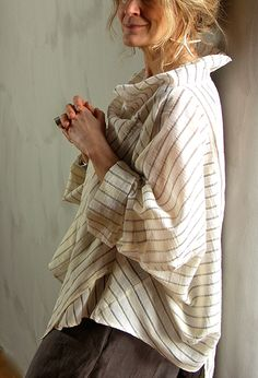 Tokyo Top in striped linen by Terry Macey & Angelika Elsebach  (Great line of linen-SG)