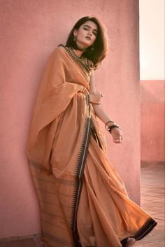 True Style is Timeless Casual Indian Fashion, Indian Fashion Dresses, Dress Indian Style, Indian Designer Outfits, Abaya Fashion, Stylish Sarees, Trendy Sarees, Simple Sarees, Traditional Fashion