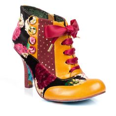 Irregular Choice Blair Elfglow in Mustard Pretty Shoes, Cute Shoes, Me Too Shoes, Funny Shoes, Shoe Boots, Shoes Heels, Shoe Bag, Accessoires Divers, Irregular Choice Shoes