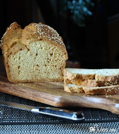 Made with the Gluten Free Bread Mix in the 2016 GF Awards, this gluten free no yeast bread makes great sandwiches without gluten, dairy or yeast! Yeast Free Breads, No Yeast Bread, Yeast Bread Recipes, Baking Recipes, Milk Recipes, Gluten Free Bread Recipe Without Yeast, Best Gluten Free Recipes, Gluten Free Baking, Paleo Baking