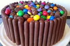 Bake with sweets - Chocolate fingers cake - goodtoknow