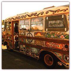 Hippie Bus at Woodstock Paz Hippie, Hippie Style, Mundo Hippie, Estilo Hippie, Hippie Vibes, Hippie Peace, Happy Hippie, Hippie Love, Hippie Chick