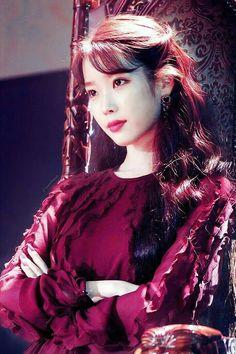 Korean Actresses, Korean Actors, Iu Fashion, Korean Fashion, Kpop Girl Groups, Kpop Girls, Iu Moon Lovers, Iu Hair, Gal Gabot